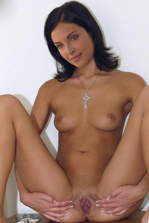 что значит порно актрисы оля и ирина напряжение