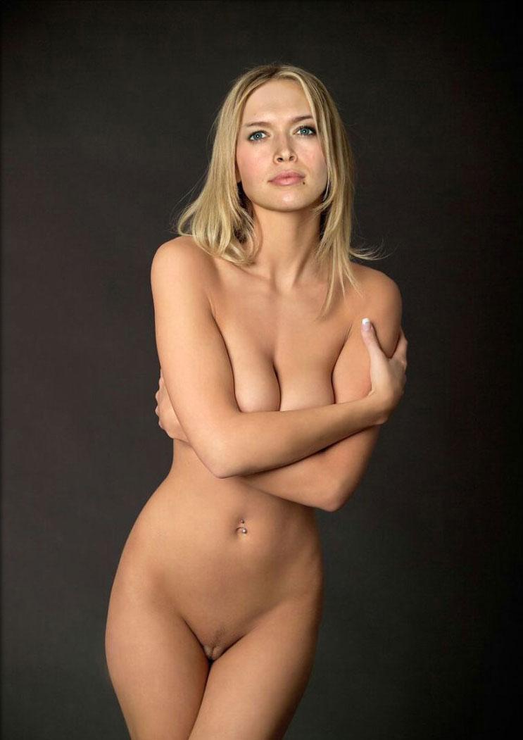 eroticheskiy-penniy-massazh-video